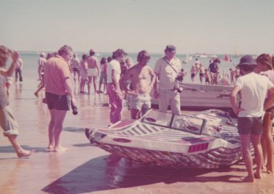 ©DavidRoss- DLBCR-1976-PowerBoat
